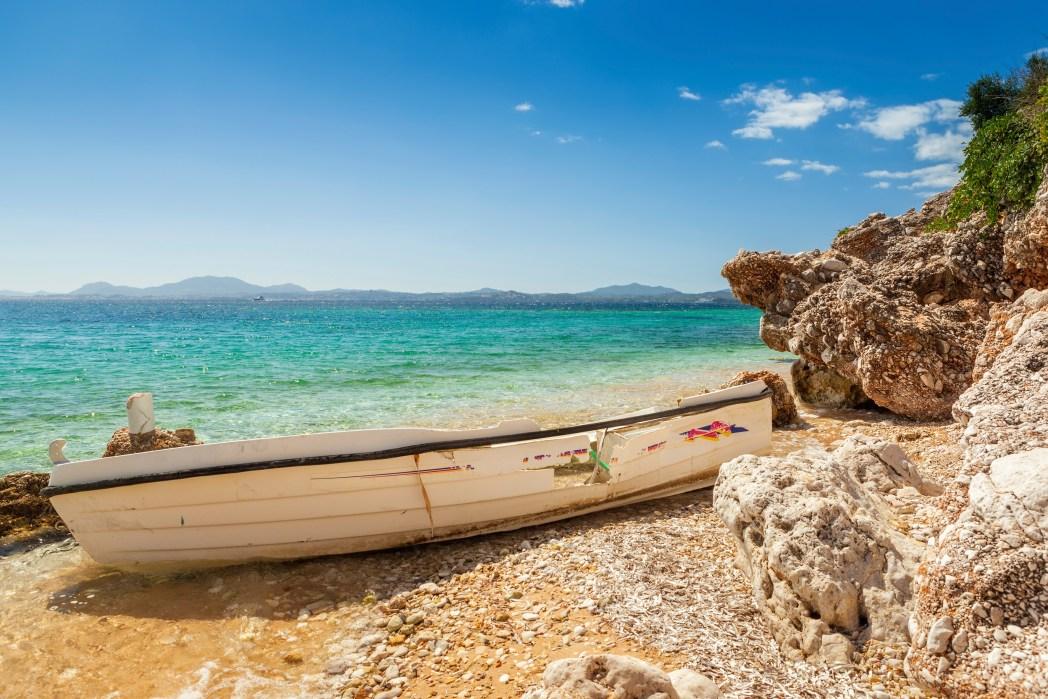 Wakacje first minute na Korfu