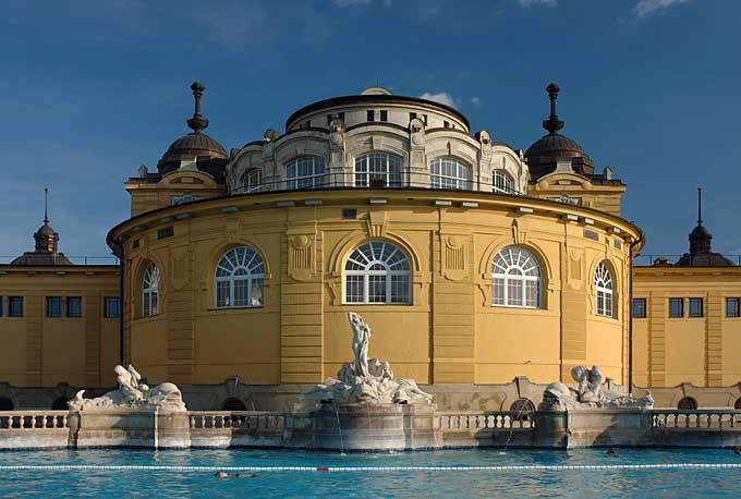Széchenyi bath, Budapest